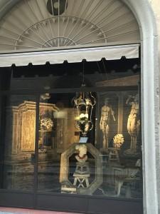 フィレンツェのアンティーク店 2018-1-04