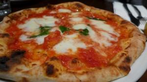 ナポリのピッツァを食べに行こう!